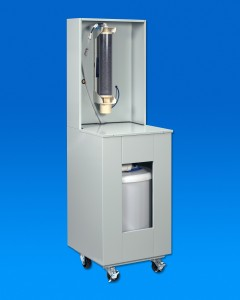 Ultra-pure de-ionized water recirculation system